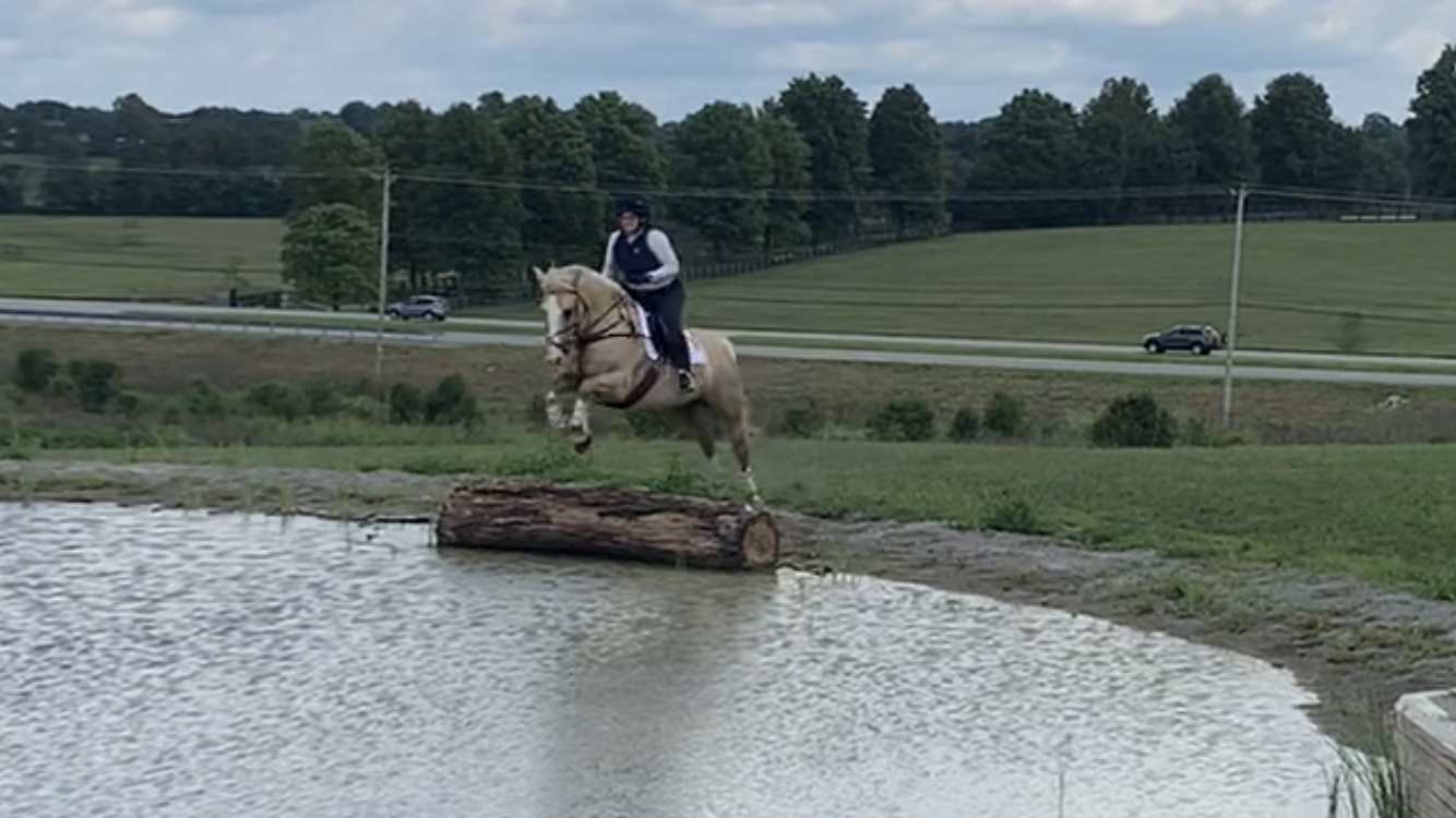 XC Schooling – Stone Creek Stables
